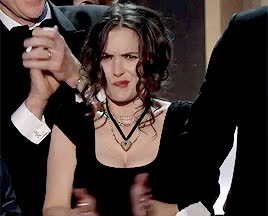 confused, confusion, idk, sag awards, what, winona ryder, wtf, Winona Ryder Confused at the SAG Awards GIFs