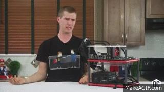 linus sebastian, Linus GIFs
