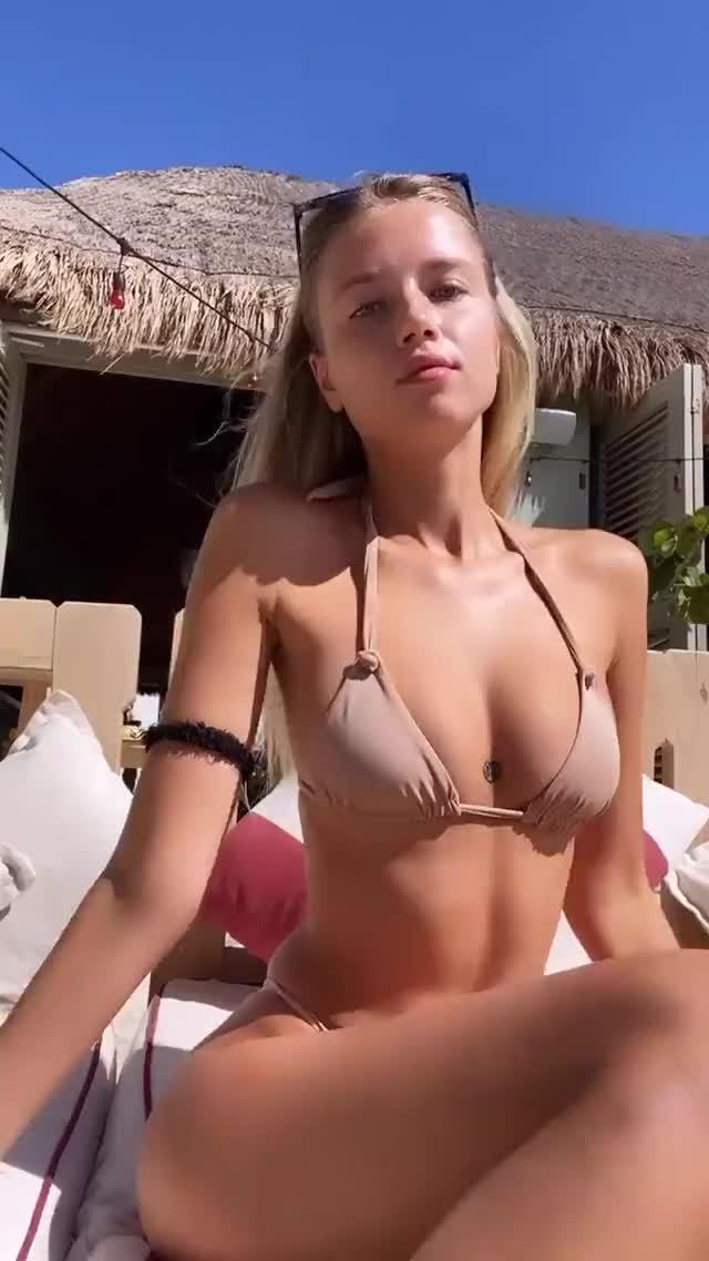Watch and share Polina Malinovskaya GIFs by ironlegend27_ on Gfycat