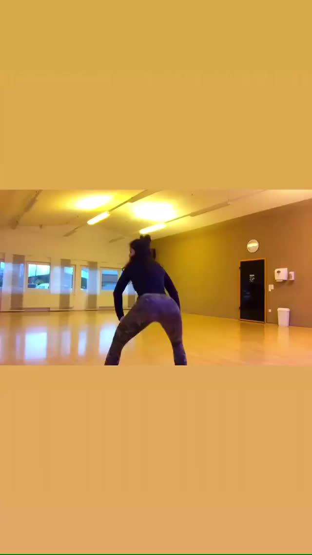 Watch and share Dominika Bilicka GIFs on Gfycat