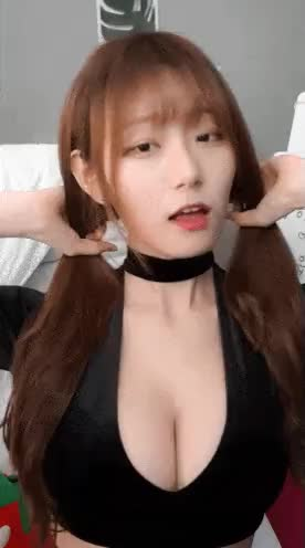 Watch and share 춤추고 끼부리는 눈나2 GIFs by 인더파우치 on Gfycat