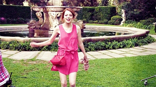 amazing, awesome, cute, emma stone, enjoy, girly, great, happy, joy, pink, pretty, thumb, thumbs up, QuandTCO EST VIVANT. GIFs