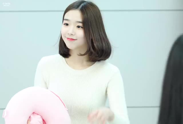 Watch and share Kim Chaeyeon GIFs and Busters GIFs by coisher on Gfycat