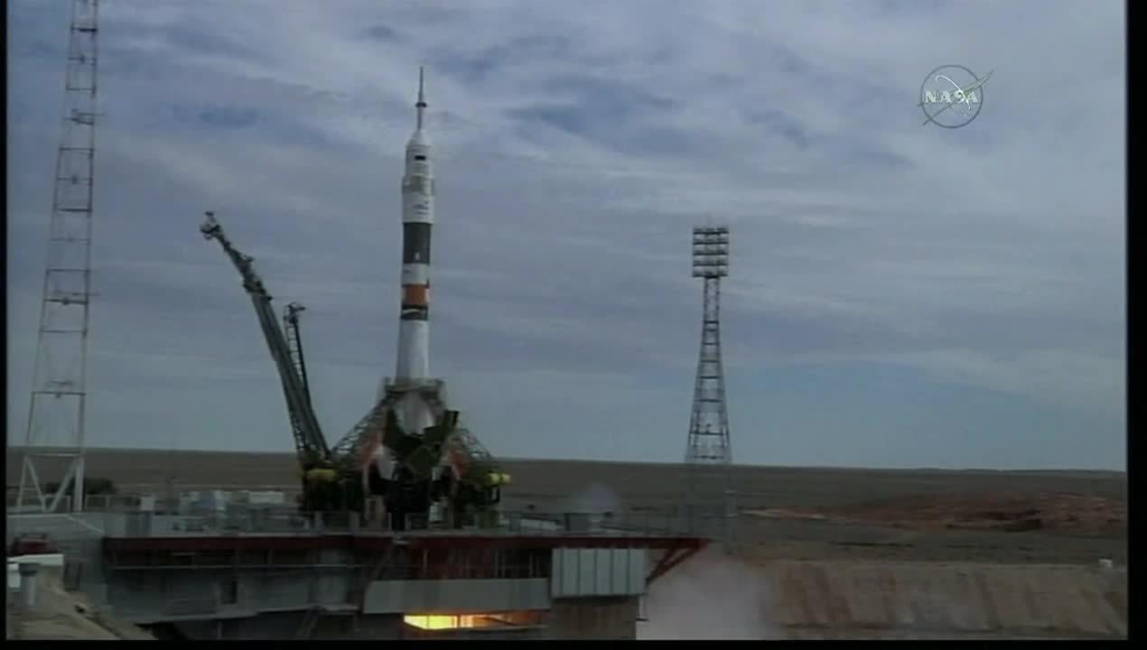 SpaceGfys, spacegfys, Launch of Soyuz TMA-18M. (reddit) GIFs