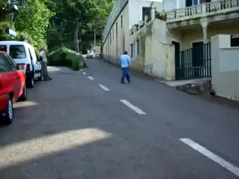 Watch and share Carrinho Do Monte GIFs on Gfycat