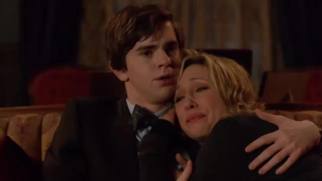 Watch Untitled GIF on Gfycat. Discover more celebs, freddie highmore GIFs on Gfycat