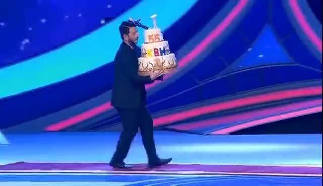 конструкции галустян поздравление с тортом купила