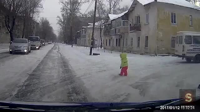 Watch Crazy Russian Drivers Compilation JANUARY 2017 🇷🇺 GIF on Gfycat. Discover more car crash, car crash compilation, car crash compilation 2014 GIFs on Gfycat