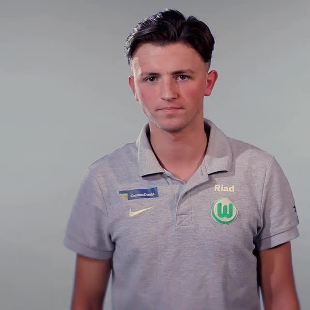 Watch RIAD Idea GIF by VfL Wolfsburg (@vflwolfsburg) on Gfycat. Discover more related GIFs on Gfycat