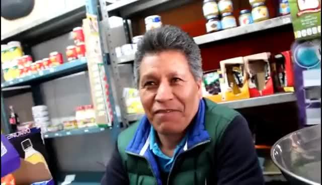 Watch and share ENTREVISTA AL SEÑOR DE LA TIENDA EXCLUSIVO (PRIMERA PARTE) GIFs on Gfycat