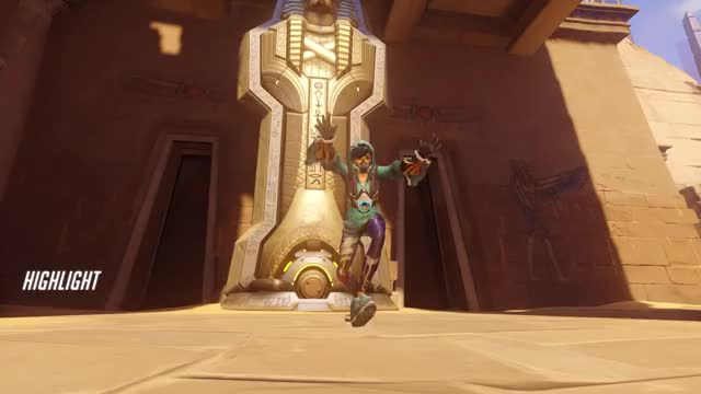 Watch tracer GIF by EFFIIGY's Highlights (@effiigy) on Gfycat. Discover more highlight, overwatch, tracer GIFs on Gfycat
