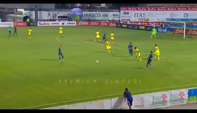 Watch and share Napoli-Chievo Verona 1-1 - HIGHLIGHTS HD GOL - NAPOLI CHIEVO 1-1 GOL - 22/07/2017 GIFs on Gfycat