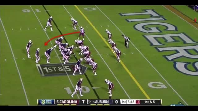Watch and share South Carolina Run Blitzes GIFs by warroomeagle on Gfycat