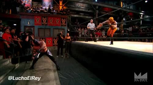 Lucha Underground Outside Dives gifs : SquaredCircle GIFs