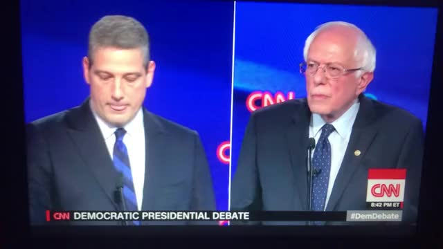 Watch and share Bernie Sanders GIFs and Jake Tapper GIFs by GifReversingBot/vredditshare on Gfycat