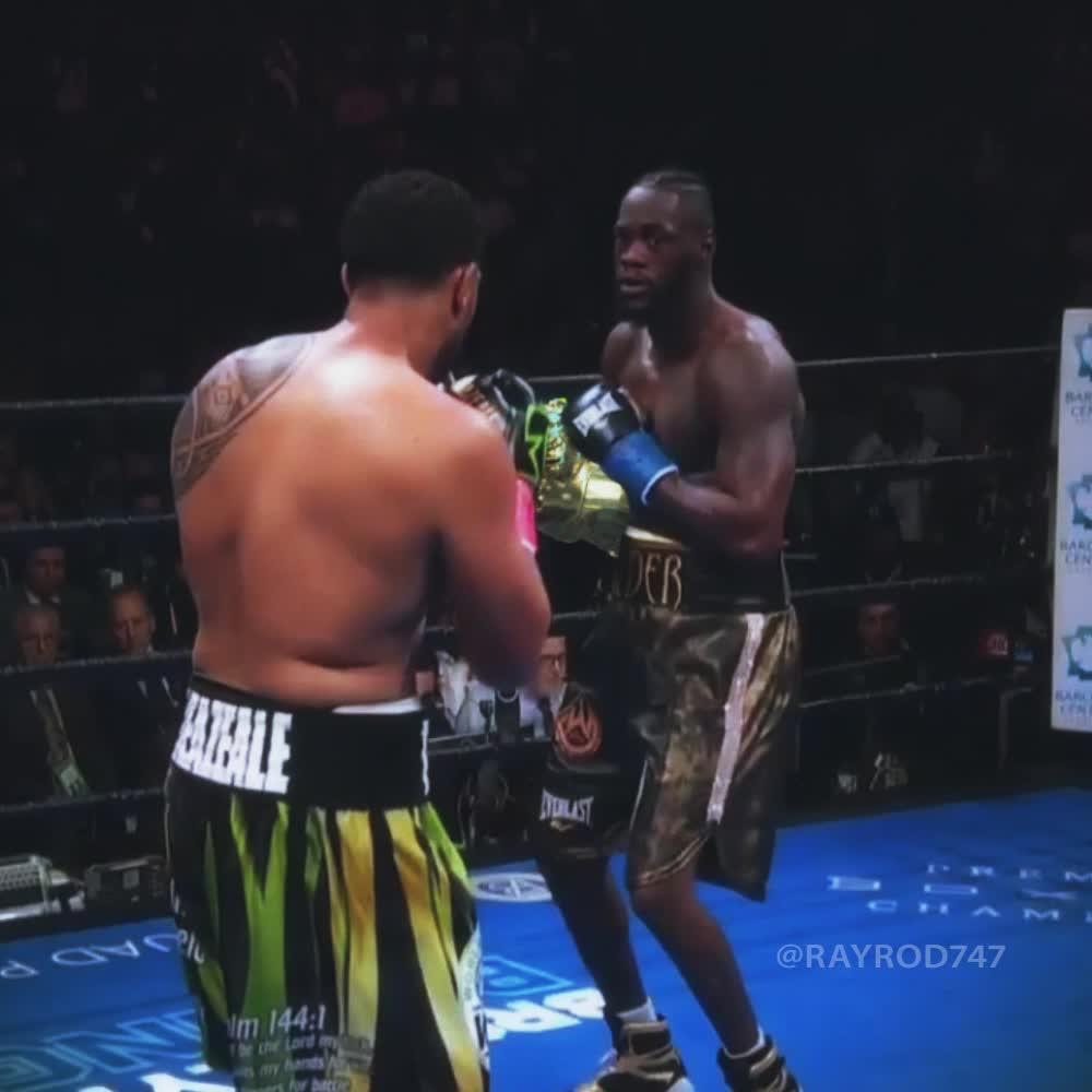 boxing, infinitygauntlet, marvel, thanos, theavengers, Deontay Wilder KOs Dominic Breazeale using the Infinity Gauntlet GIFs