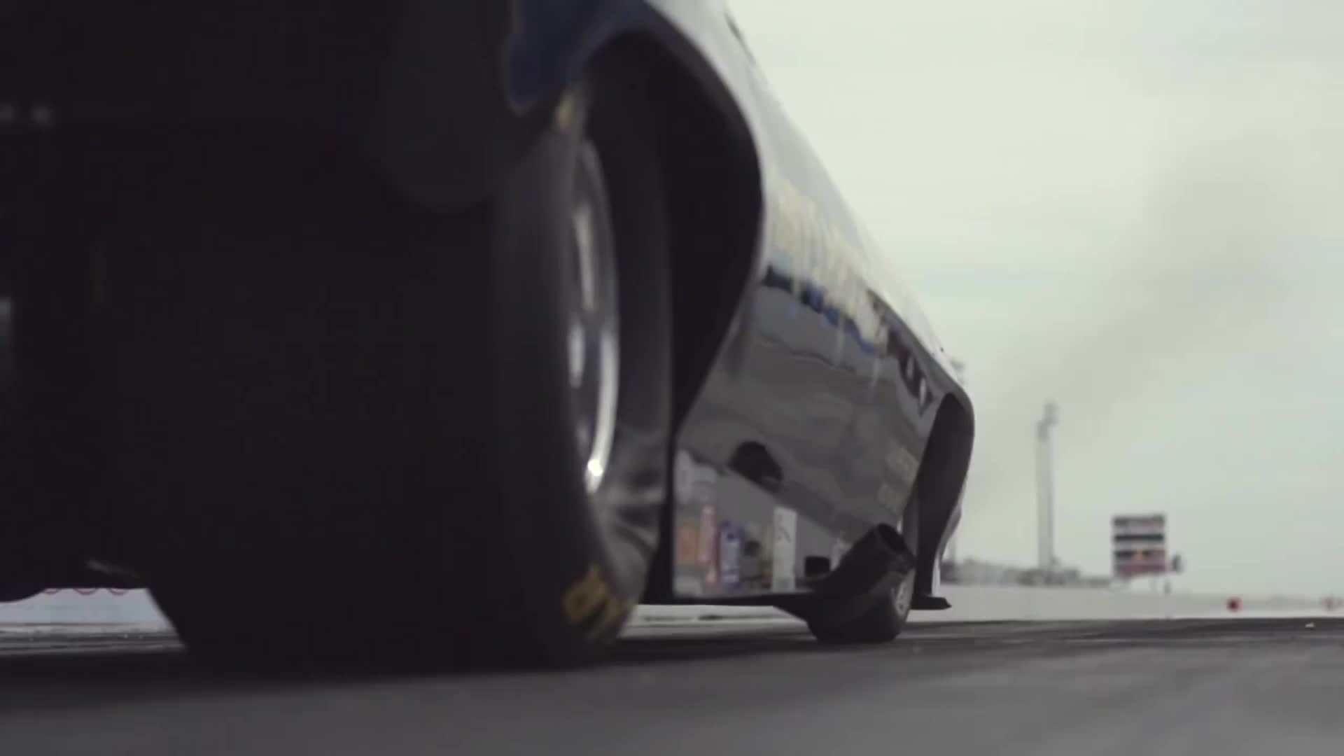 interestingasfuck, interestinggifs, Funny Car tire wrinkle and violent tire shake GIFs