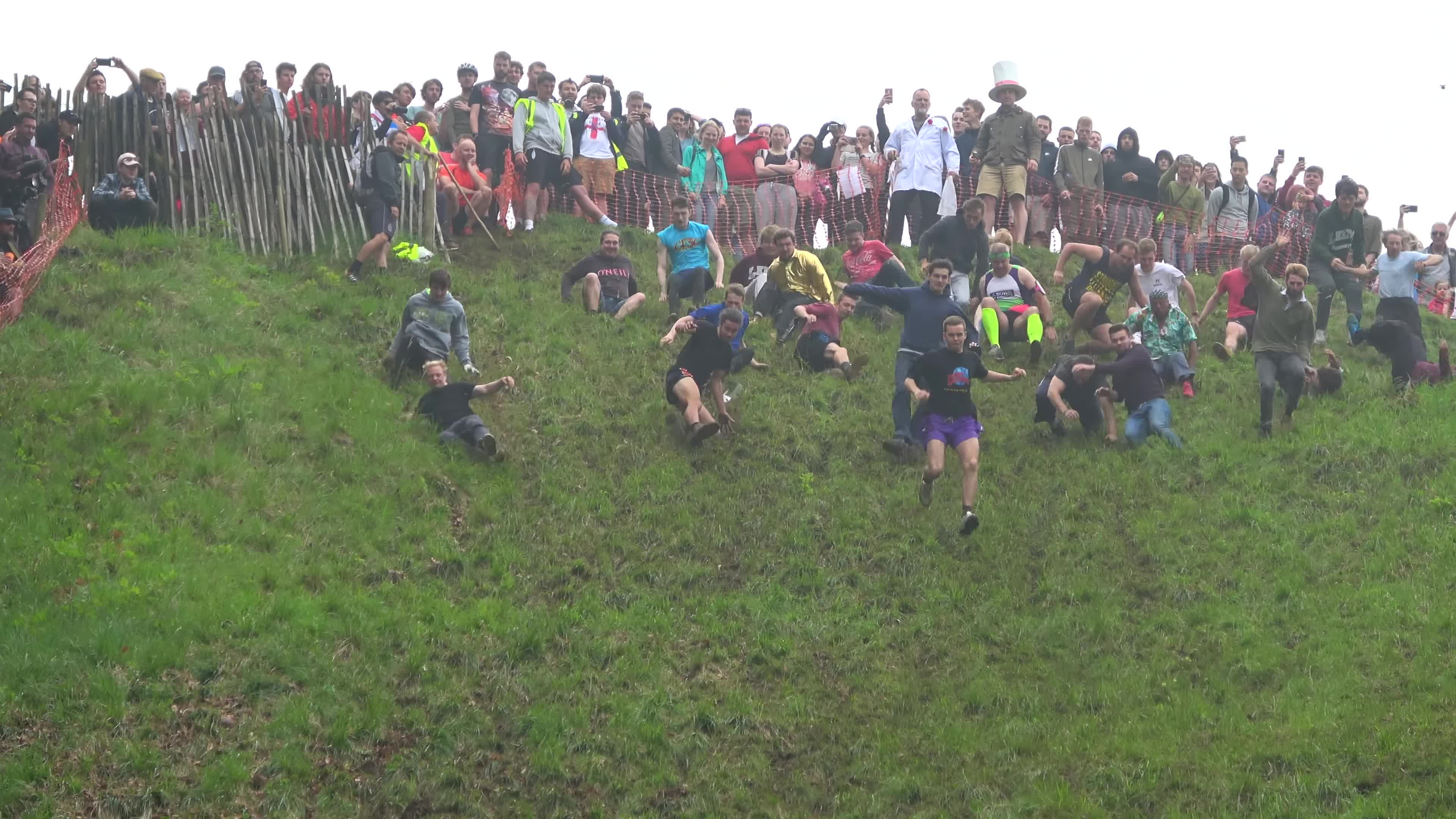 brockworth, cheese, cheltenham, coopers, gloucestershire, hill, roll, rolling, Darwin Olympics GIFs