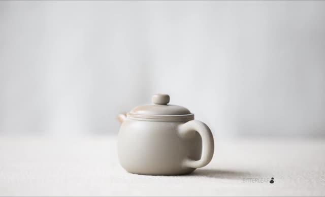 Watch Sunset Wood Fired Jianshui Purple Clay Teapot - Baozun GIF by Bitterleaf Teas (@bitterleaf) on Gfycat. Discover more jianshui, teapot, wood fired GIFs on Gfycat