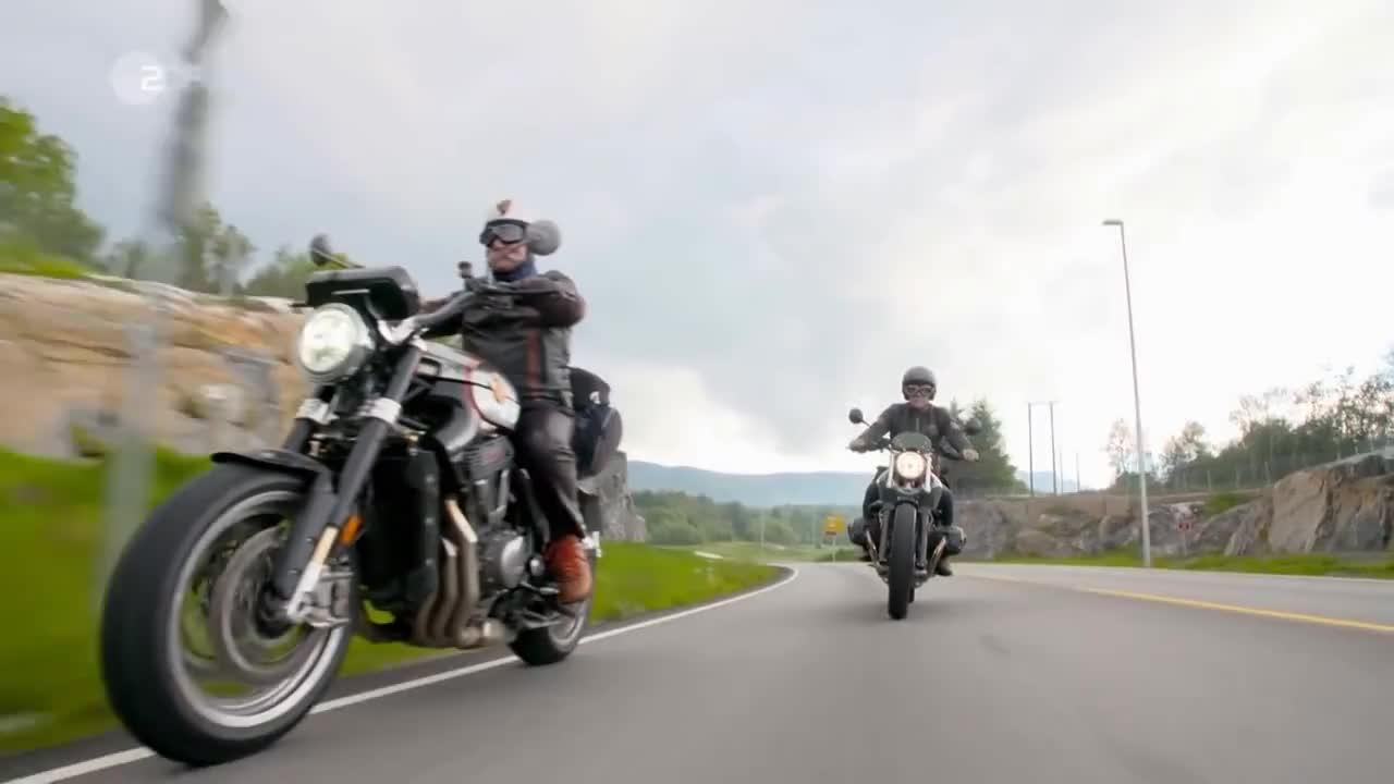 Horst Lichter sucht das Glück - Mit dem Motorrad durch Norwegen - Doku German HD GIFs