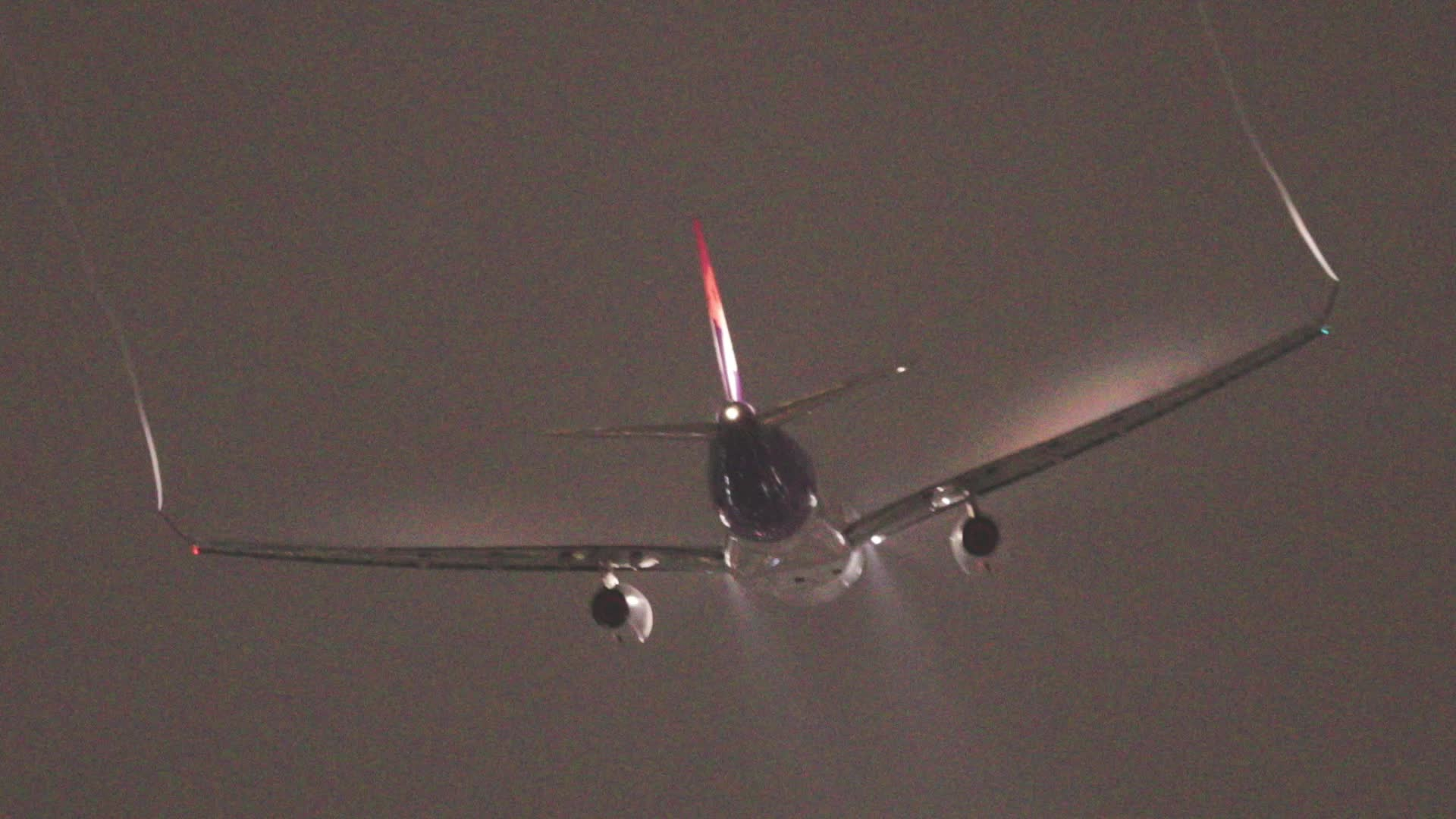 aviation, travel, woahdude, Airplane in humid air GIFs