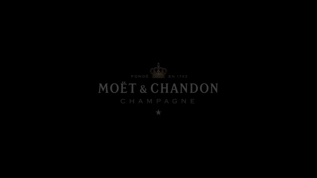 Celebrate in style: let the cork fly and open the extraordinary celebration, moet, chandon, success, generosity, grandeur, champagne, LVMH, glamour, holiday, season, christmas, gift, uncork, pop, celebrate, party, new year, eve, animation, new years, greetings, greeting card, pop the cork, birthday, holiday season, season's greetings, christmas card, mobile, application GIF