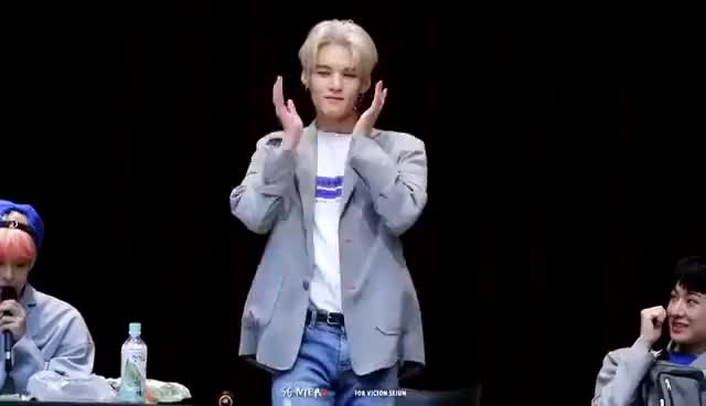 Watch and share 170903 VICTON 목동팬싸 선미(SUNMI)-가시나(Gashina) Cover Dance 세준 GIFs on Gfycat