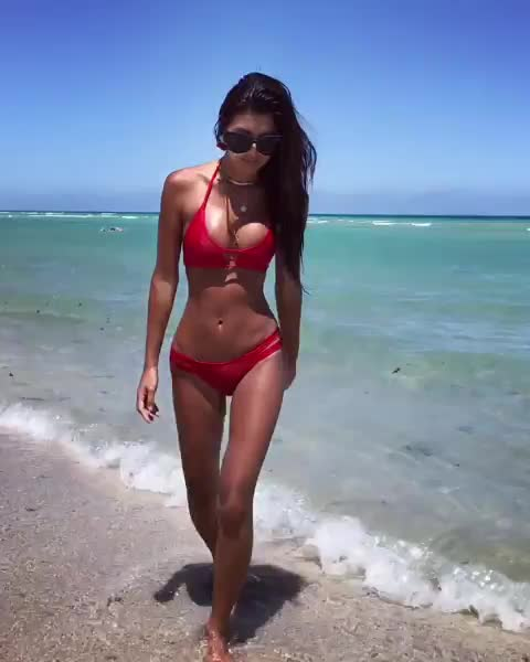 Watch this beach GIF by Media Paradise (@entfanatic) on Gfycat. Discover more beach, bikini, jennifer lee GIFs on Gfycat