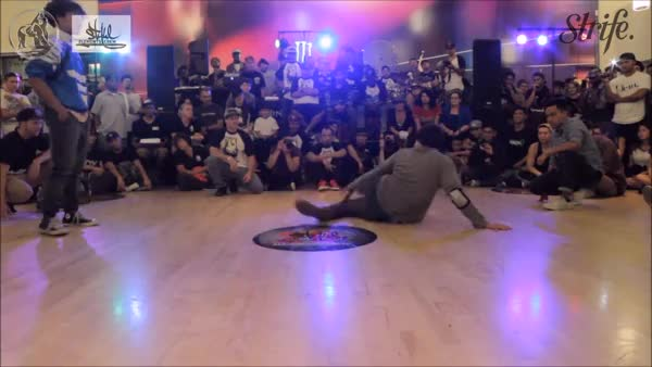 Watch Nick Abat dirty flexibility GIF by @pantsarenapkins on Gfycat. Discover more bboy, hiphopgifs, nickabat GIFs on Gfycat