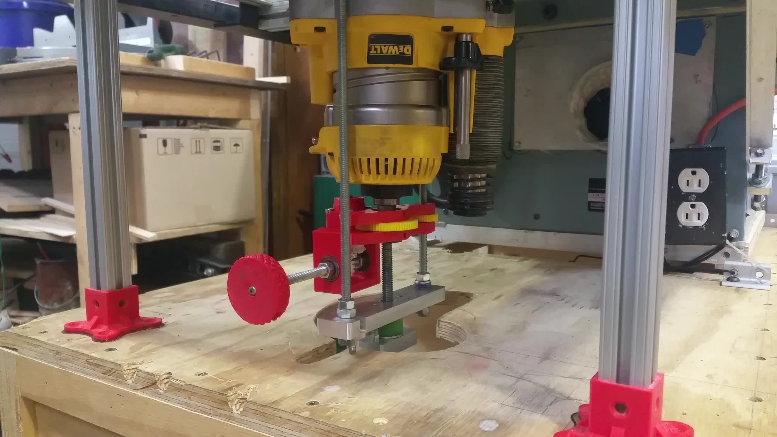 3dprinting, tools, woodworking, 3D Printed Dewalt 618 Router Lift Mechanism GIFs