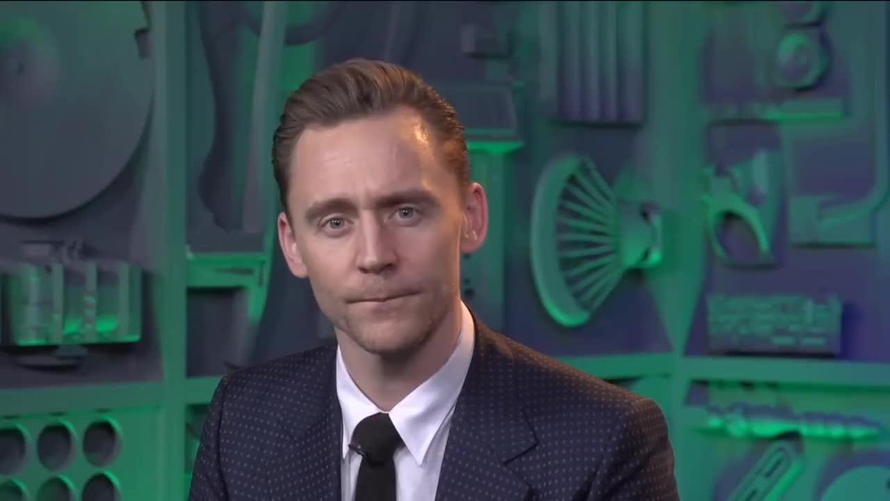 interview, loki, marvel, ragnarok, thor, tom hiddleston, Tom Hiddleston on Kong: Skull Island & Thor: Ragnarok | MTV News GIFs