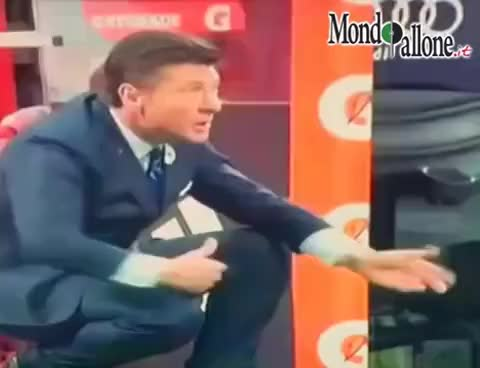 Watch and share Milan-Inter, Mazzarri Spiega Le Sue Tattiche. Alle Bottigliette D'acqua GIFs on Gfycat