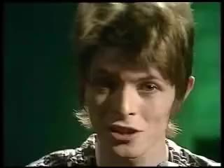 Watch this david bowie GIF on Gfycat. Discover more David Bowie, Oh you pretty things, david bowie, oh you pretty things GIFs on Gfycat