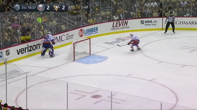 Watch Martin 3-2 GIF by The Pensblog (@pensblog) on Gfycat. Discover more Islanders, Martin, Penguins, The Pensblog GIFs on Gfycat