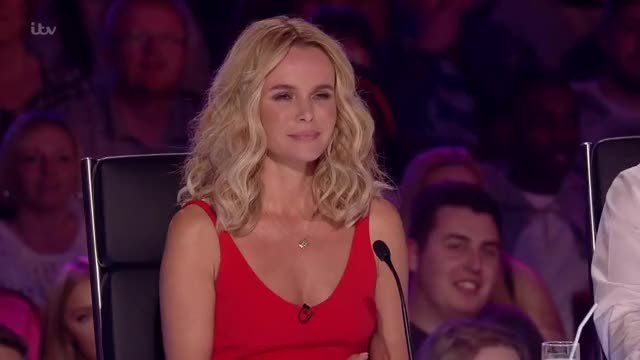 Watch and share Funny Auditions GIFs and Amanda Holden GIFs by witzelfitz on Gfycat