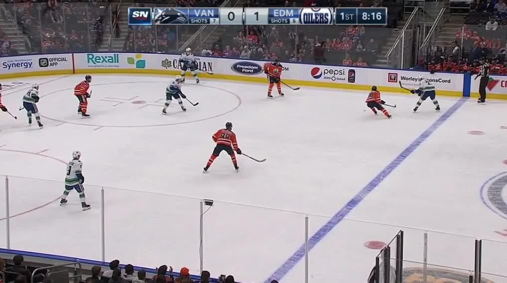 Edmonton Oilers, Vancouver Canucks, hockey, puljujarvi.rushes GIFs