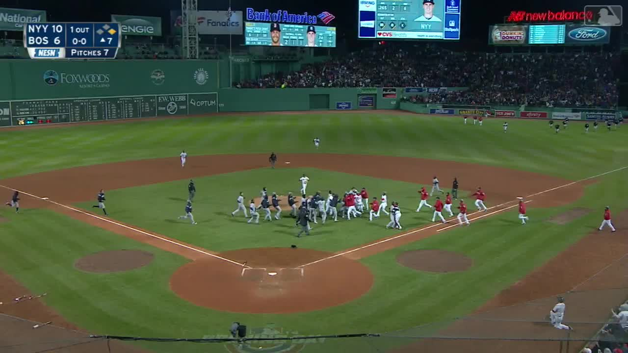 Romeo and Juliet redsox/yanks GIFs