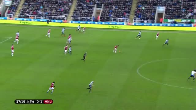 Watch and share 44 Lingard (1) GIFs by mu_2015_16 on Gfycat
