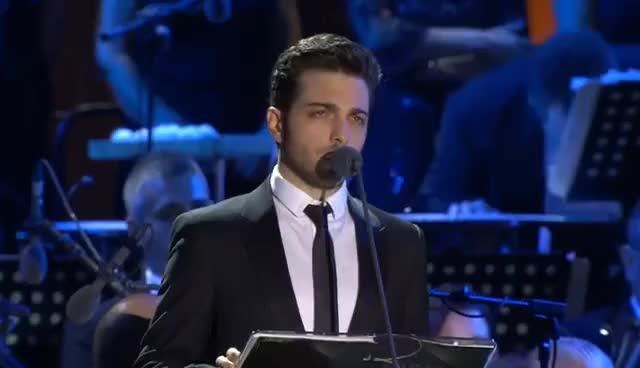 Watch and share Il Volo - Turandot: Nessun Dorma GIFs on Gfycat