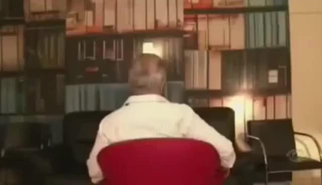 Watch Carlos Alberto virando a cadeira GIF on Gfycat. Discover more related GIFs on Gfycat