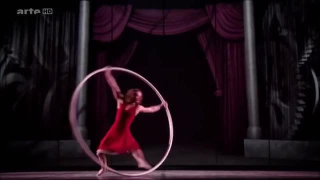 Angelica Bongiovonni - Beautiful Cyr Wheel Dance