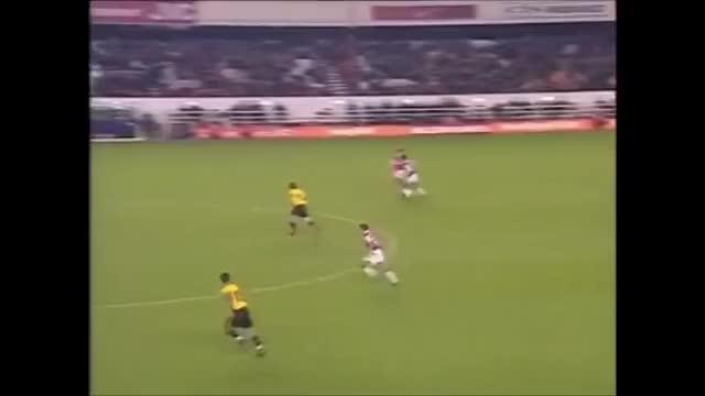 Watch and share جهاد المنتصر GIFs and كرة القدم GIFs on Gfycat