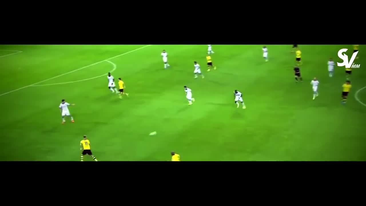 madtekkers, Marco Reus doing what he does best. (reddit) GIFs