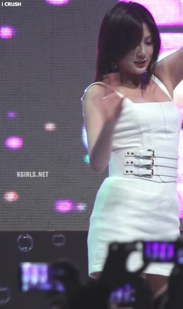 Oh Ha Young-apink-190509-1-www.kgirls.net GIFs