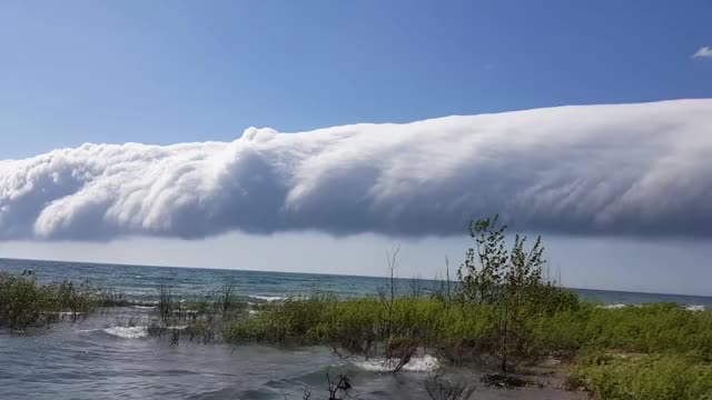 Watch Rare morning glory cloud off Lake Michigan GIF by Slim Jones (@slimjones123) on Gfycat. Discover more related GIFs on Gfycat
