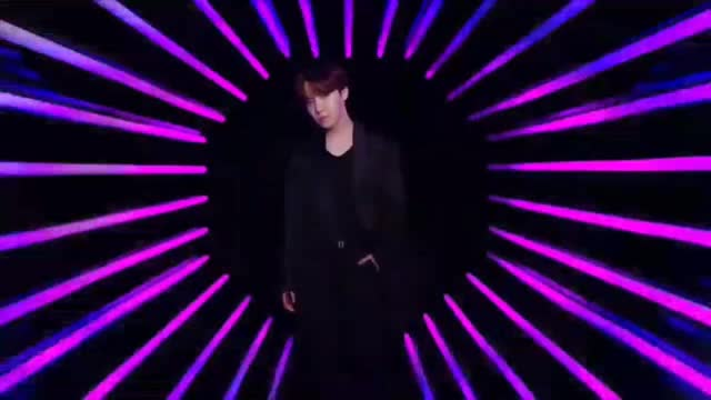 Watch BTS x VT Cosmetics TIME TO SHINE GIF by ToKiuta Lee (@tokigfycat) on Gfycat. Discover more BTS, BTS x VT, Gif, Jhope, Jung Hoseok, Kpop GIFs on Gfycat