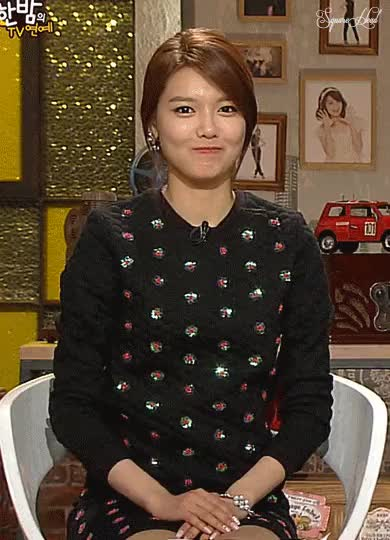 Watch and share Sooyoung GIFs by likefucker.com on Gfycat