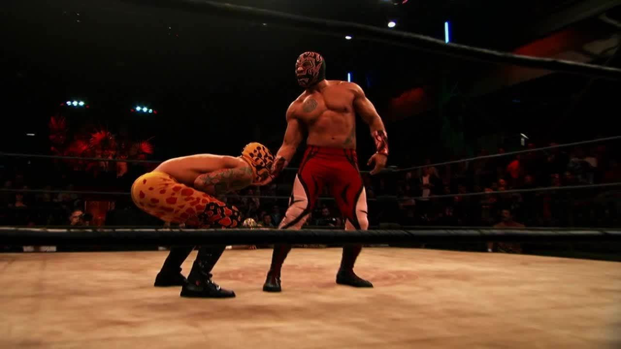 LuchaUnderground, SquaredCircle, Lucha Underground - Prince Puma with a cutter on King Cuerno! GIFs