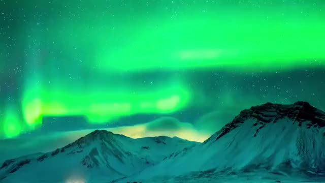 Watch Northern Lights WoW GIF by @urok2_aswell on Gfycat. Discover more aurora, beutiful, borealis GIFs on Gfycat