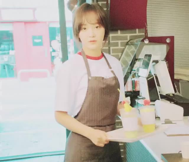 Watch and share Gugudan GIFs and Keumjo GIFs by The Angry Camel on Gfycat